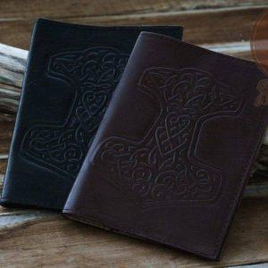 Обложка-на-паспорт-молот-тора-1024x683