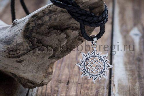 Звезда Лады в солнце. Серебро 925 пробы. Высота 25 мм. Вес около 3 гр. Цена 1300р (1)