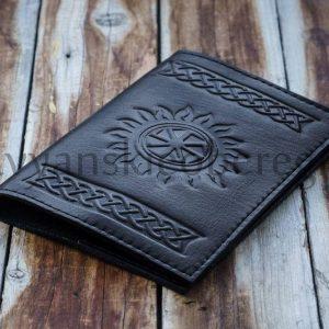 Обложка на паспорт Коловрат. 1100р. Натуральная кожа (2)