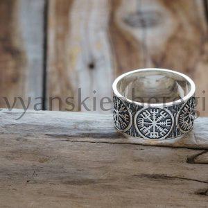 Кольцо Шлем Ужаса. Серебро 925 пробы. Средний вес 6-9 гр. Вес Ширина кольца 10 мм. (1)
