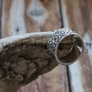 Кольцо Шлем Ужаса. Серебро 925 пробы. Средний вес 6-9 гр. Вес Ширина кольца 10 мм. (2)