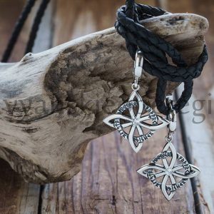 Серьги Четырехлистник с рунами Серебро 925 пробы. Камни фианит. Вес примерно 6 гр. 23 мм сам символ. Вместе с замком 4 см (2)