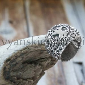 Перстень Древо Жизни. Серебро 925 пробы. Высота 22 мм, ширина 34 мм. Вес 27-30 гр. Цена: 5000р