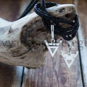 "Серьги ""Велес"". Серебро 925. 15 мм символ, Вес 5-6 гр. 35 мм с замком. Цена 1700р."