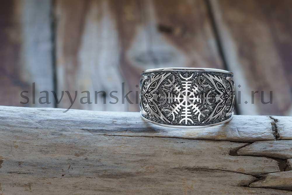 """Перстень """"Шлем Ужаса"""". Серебро 925 пробы. Вес 10.5-11.5 гр. Зависит от размера. Ширина 15 мм. Размеры 18, 19, 20, 21, 22, 23. Цена 2500 руб."""