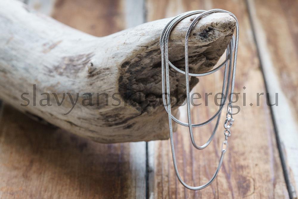 """Цепочка """"Снейк Круглый"""". Родированный. Серебро 925, 1 мм ширина. Вес зависит от длины. 4-5 гр. Длина 55-60. Цена 1500р"""