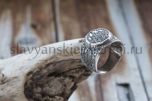 Перстень Печать Велеса. Серебро 925 пробы. Вес 13-15 гр. Зависит от размера. Высота 17.5 мм. Размеры 18, 19, 20, 21, 22, 23 Цена: 3100р.