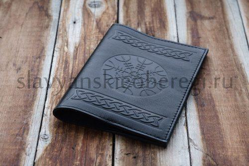 """Обложка на паспорт """"Шлем Ужаса"""", кожа натуральная. Цена 1100 руб. Цвет: чёрный, коричневый."""