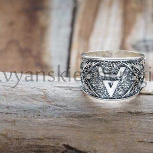 """Перстень """"Символ Велеса"""" Серебро 925 пробы. Средний вес 11-13 гр, зависит от размера. Размер 18-19-20-21-22-23. Высота 15 мм. Цена 3200р"""
