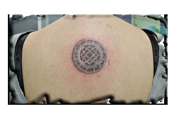 tatuirovka-zvezda-lady