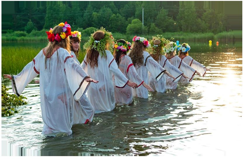 Одним из самых ожидаемых летних языческих славянских праздников было 24 июня день Ивана Купалы