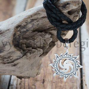 Символ Рода в солнце. 1300 руб. Серебро 925 пробы. Вес ≈ 3 гр. Высота 25 мм (1)